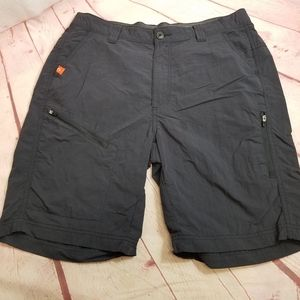The American Outdoorsman shorts M